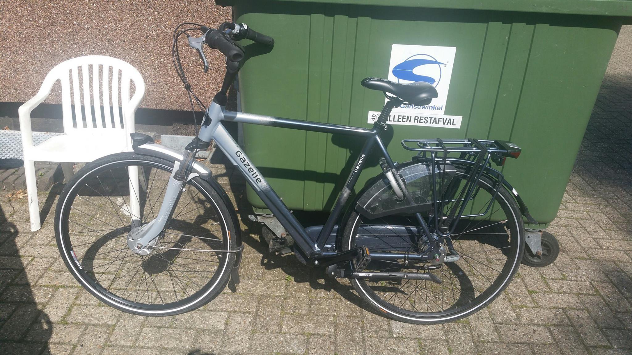 Fietsendief en eigenaar van fiets gezocht