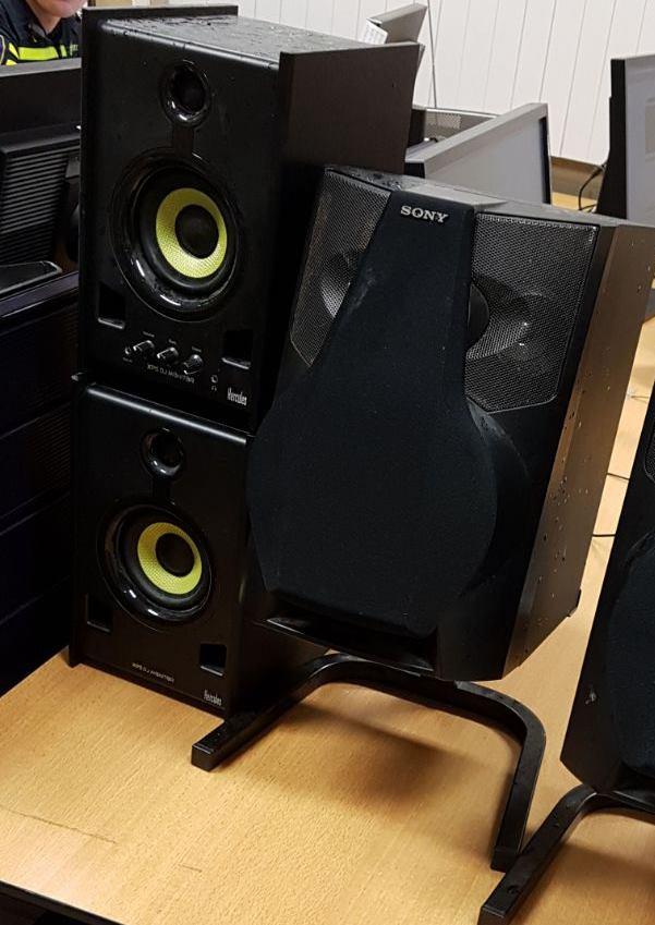 Politie neemt geluidsapparatuur in beslag na overlast